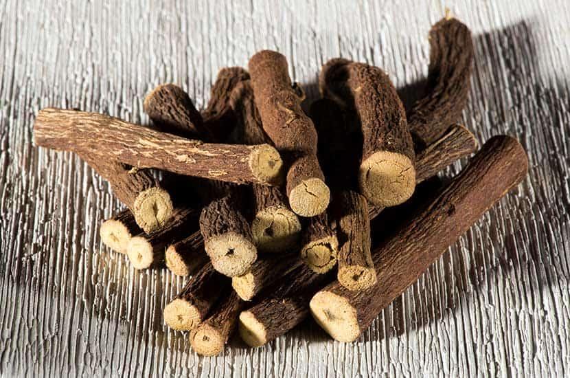El extracto de raíz de regaliz es usado como afrodisíaco en muchos países