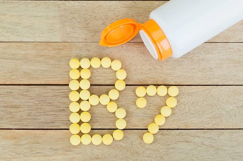 La biotina o vitamina B7 también resulta fundamental para el crecimiento del cabello sano y fuerte